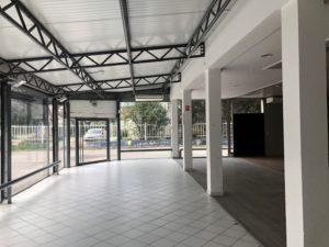 Local commercial et entrepot 1000 m² à louer Nimes