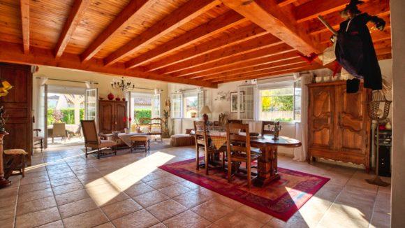 Maison avec Gîtes à vendre 30660